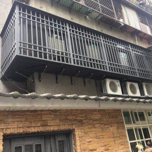 陽台凸窗-施工後